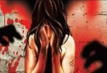 धक्कादायक घटना! कोरोना लस देण्याच्या बहाण्याने एका तरुणीवर सामूहिक बलात्कार