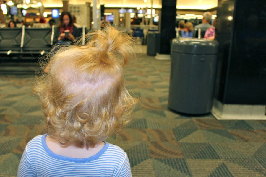 When to buy a seat on the plane for your child (baby or toddler) #familytravel #traveltips // Family Travel | Travel with Kids | Budget Travel | Flying with Baby | Flying with a Toddler | Child Fare | Airline Rules for Kids | Plane Travel Tips