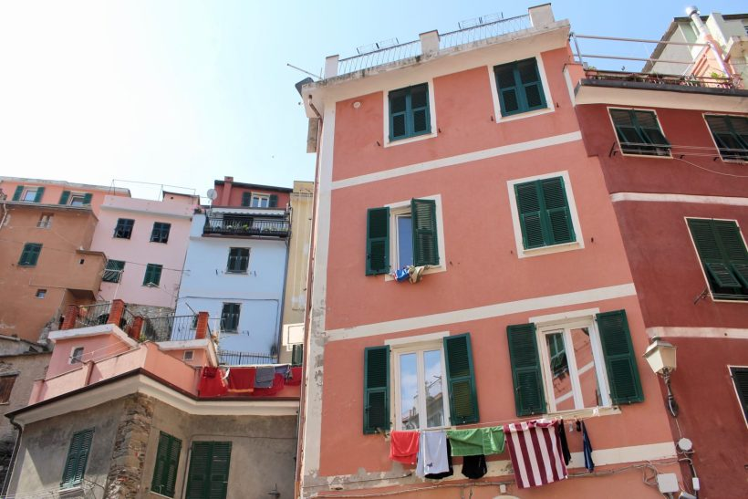 Cinque Terre for Families: What to see, eat, and do with kids! // Italy Family Travel   Florence with Kids   Vacation Ideas   Where to Stay