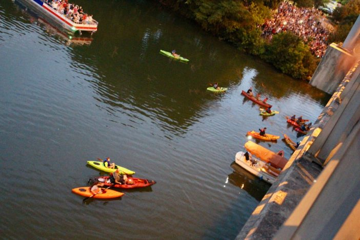 """""""Keep Austin Weird"""" by exploring these 8 awesomely weird things to do in Austin, Texas. // ATX 