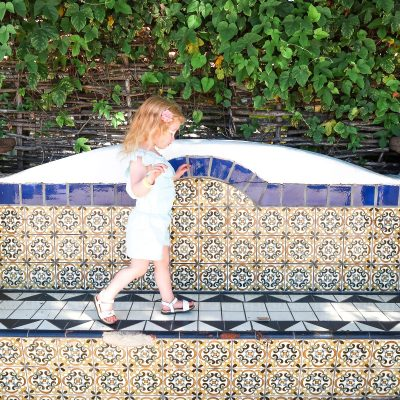 Where to stay, eat, and explore kid-friendly sights during a perfect Santa Barbara weekend with kids! #santabarbara #california #socal #weekendtrip #familytravel #travelwithkids // Family Travel Destinations | Family Vacation Ideas | Southern California Bucket List | Santa Barbara Day Trip | Top Places in SoCal | Best Cities in California for Families | Best Things to Do in Santa Barbara | Where to Eat | Where to Stay | Family-Friendly Itinerary | Family Hotels