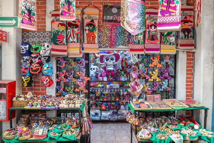 Planning a family trip to Mexico City? Read our perfect 5 day itinerary for exploring the best of Mexico's vibrant capital city with kids. #cdmx #mexicocity #mexico #familytravel   Mexico Family Travel   CDMX   Best of Mexico City   Week in Mexico City   5 Day Itinerary   Family-Friendly Itinerary   Mexico City with Kids   Where to Stay   Where to Eat   Mexico City Day Trips   Mexico City Travel Tips   Is Mexico City Safe   Best Places in Mexico   Best Cities to Visit in Mexico