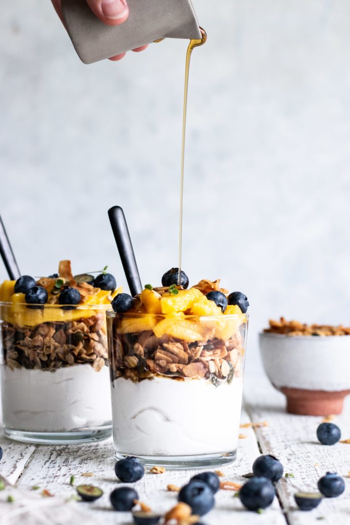 granola, spring breakfast recipes, healthy breakfast recipes, refined sugar free, sugar free recipes, sugar free, dairy free recipes, dairy free breakfast recipes