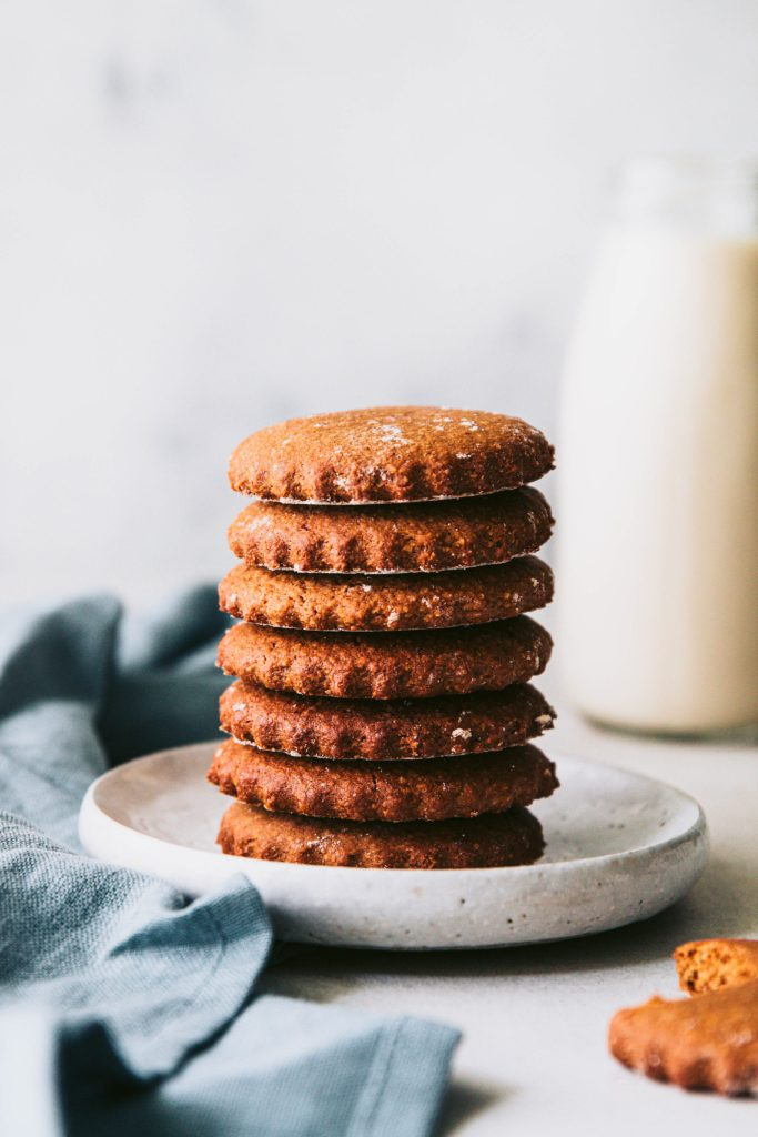 coconut sugar, coconut nectar syrup, gingerbread, gluten free gingerbread recipe