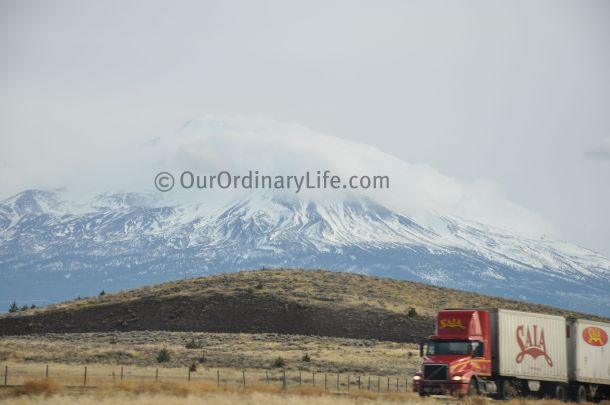 mt shasta from interstate highway 5