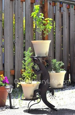 Wind And Weather Gecko Plant Stand SIde Table