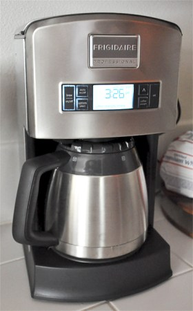 Frigidaire Professional 12 cup Drip Coffee Maker (3)