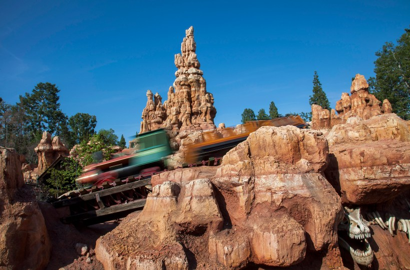 disneyland big thunder mountain railroad attraction 2014