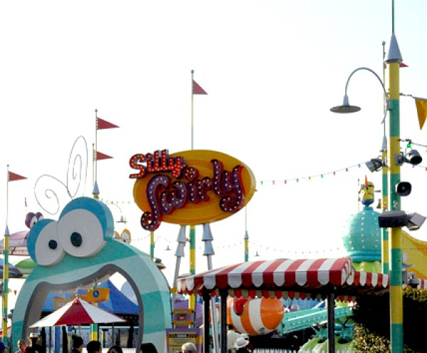 Universal Studios Despicable Me 2 Ride Hollywood  (1)