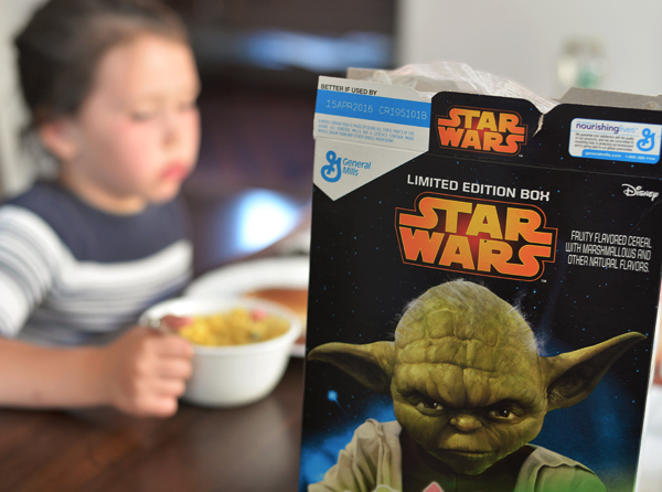 GM StarWars Limited Edition Cereal Box  (3)