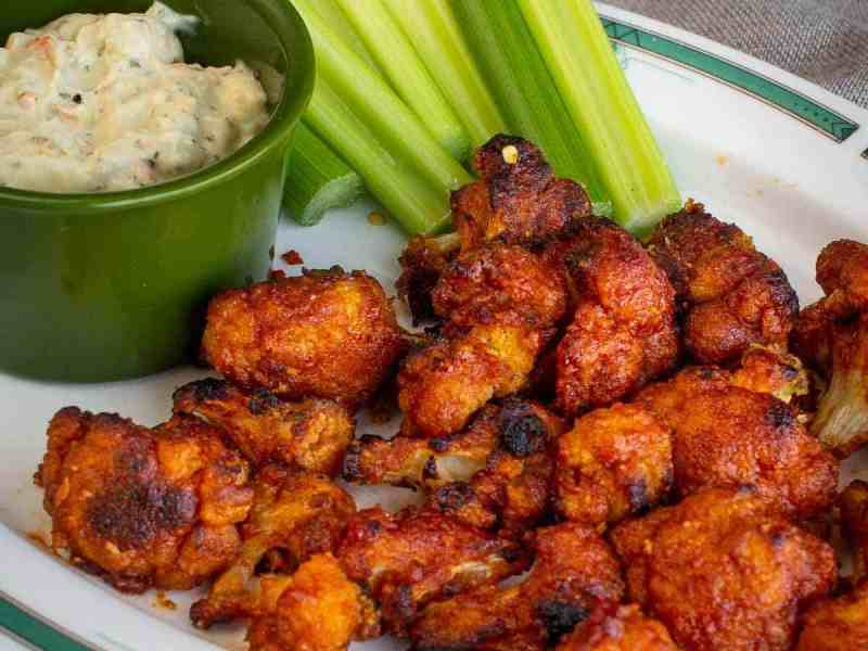 VEGAN CAULIFLOWER WINGS