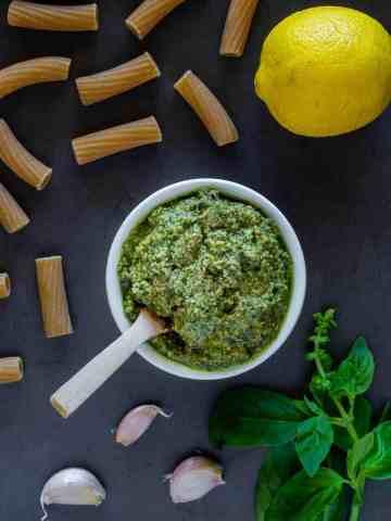 5 minutos de pesto vegano