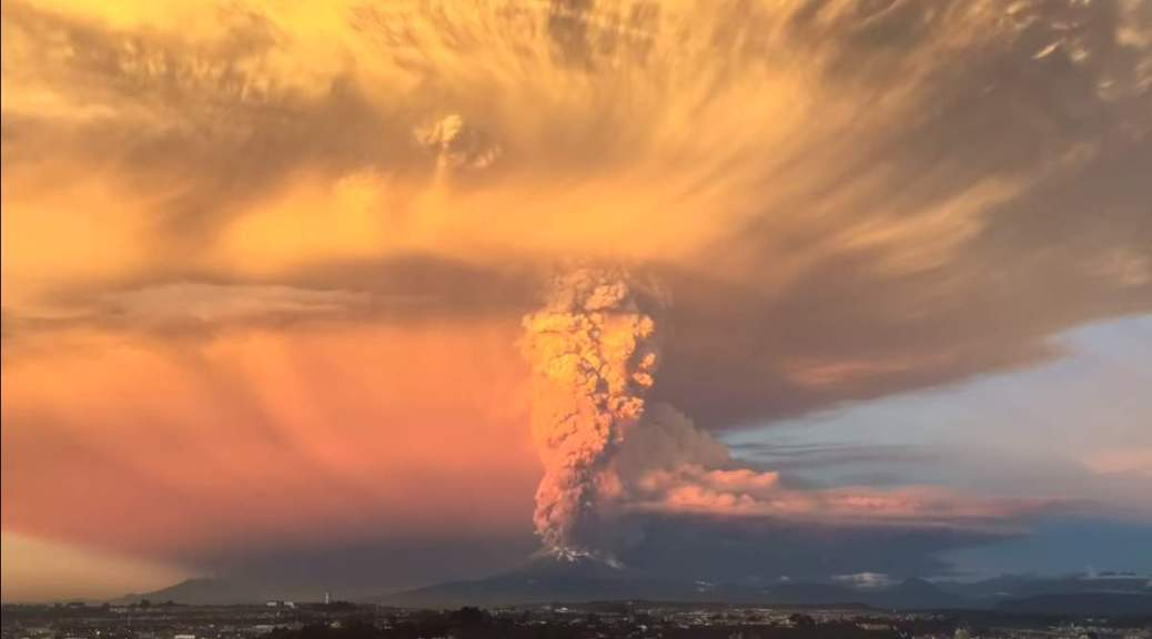 Calbuco Volcano Eruption (April 2015)