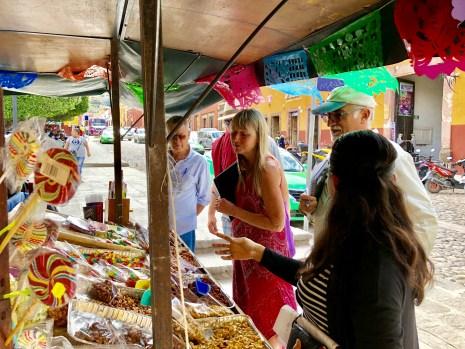 Street vendors in San Miguel de Allende