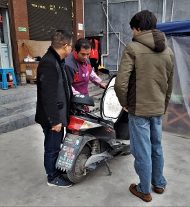 Sinan China Moped Repair