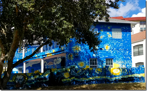 Starry Night House 2