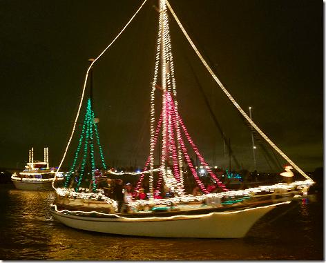 2018 Christmas Boat Parade 1