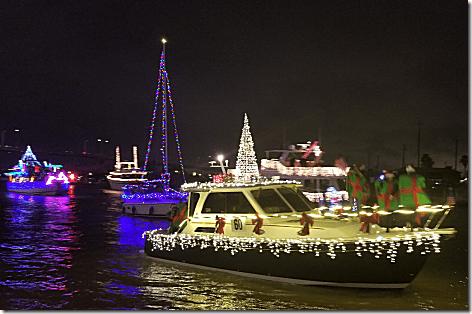 2018 Christmas Boat Parade 2