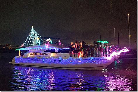 2018 Christmas Boat Parade 3