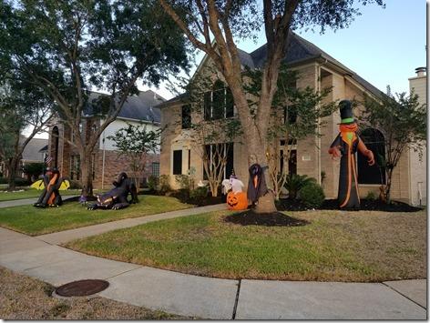Brandi's Halloween Decorations Day