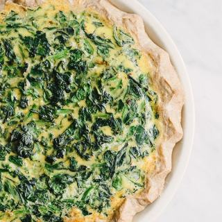 Hearty Spinach and Onion Quiche