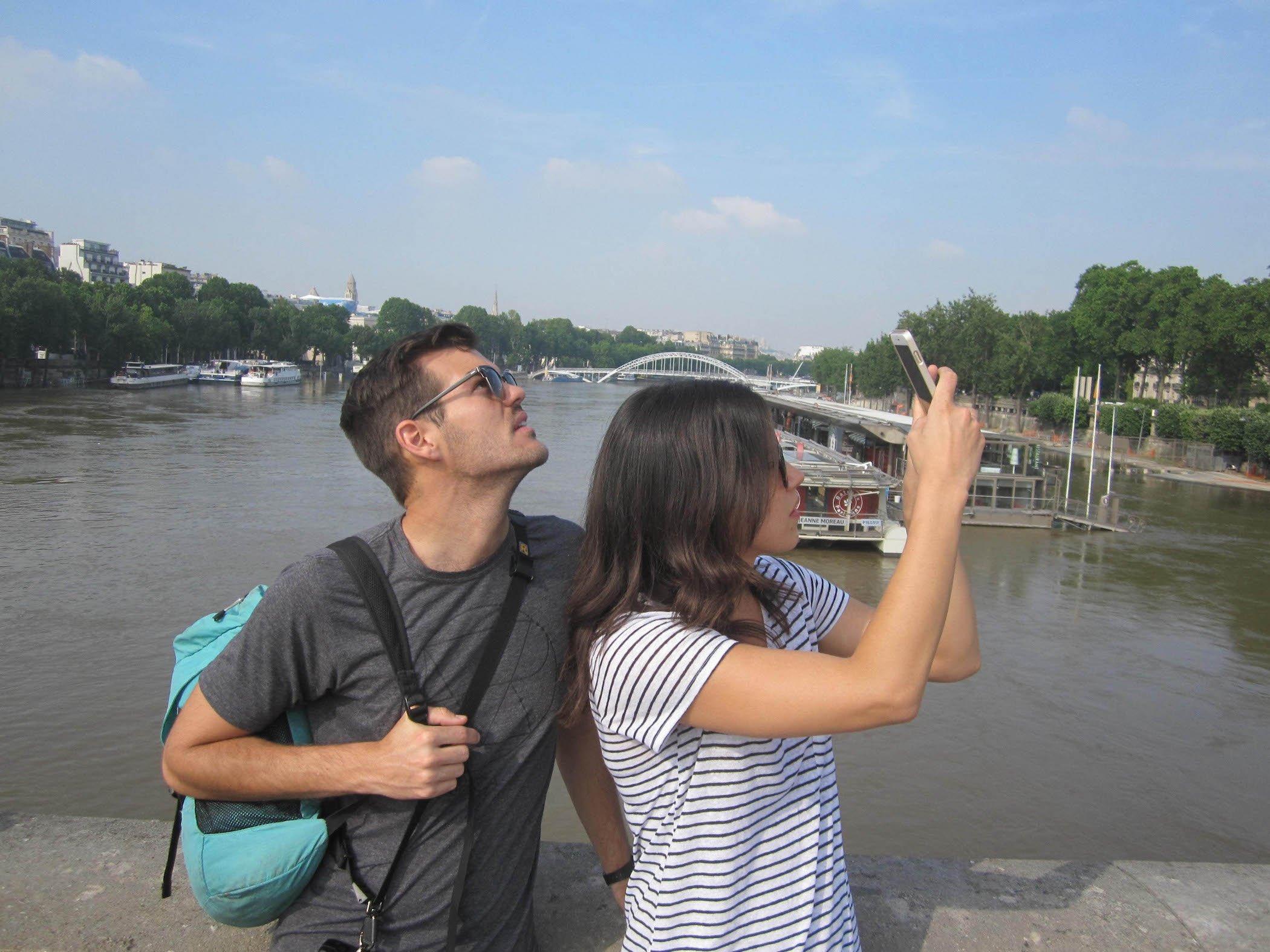Our Simple Adventure France Kurisu-6