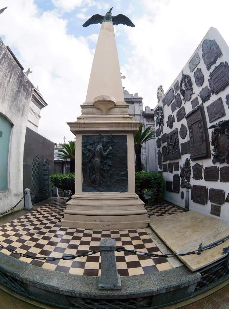 Sarmiento Grave - Buenos Aires