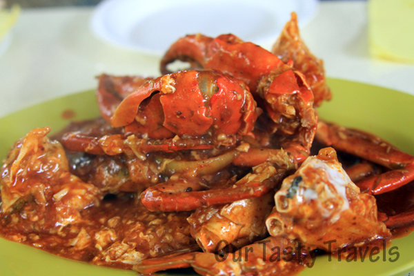 Singapore Chili Crab http://ourtastytravels.com/blog/southeast-asian-cuisine-singapore-chilli-crab/ #ourtastytravels