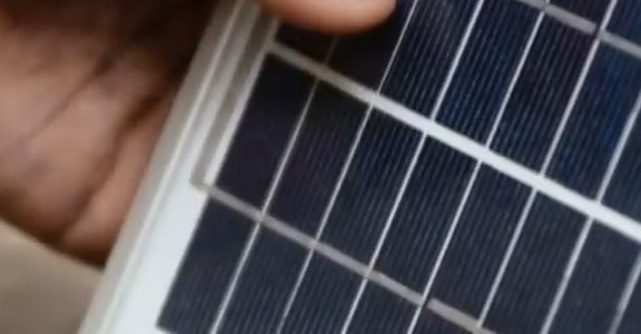 A Solar Solution To No Electricity in Rural Africa (16sec)