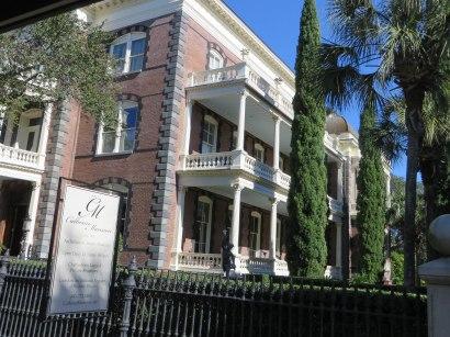 Calhoun Mansion
