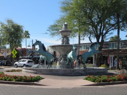 Bronze Horse Fountain, modeled after Champion Arabians (with Wrigley ties!)