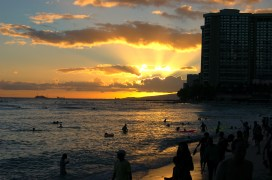 A beautiful sunset along Waikiki