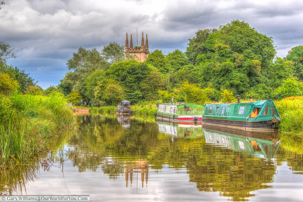 Approach to Hungerford, Berkshire, Kennet & Avon Canal, England, United Kingdom