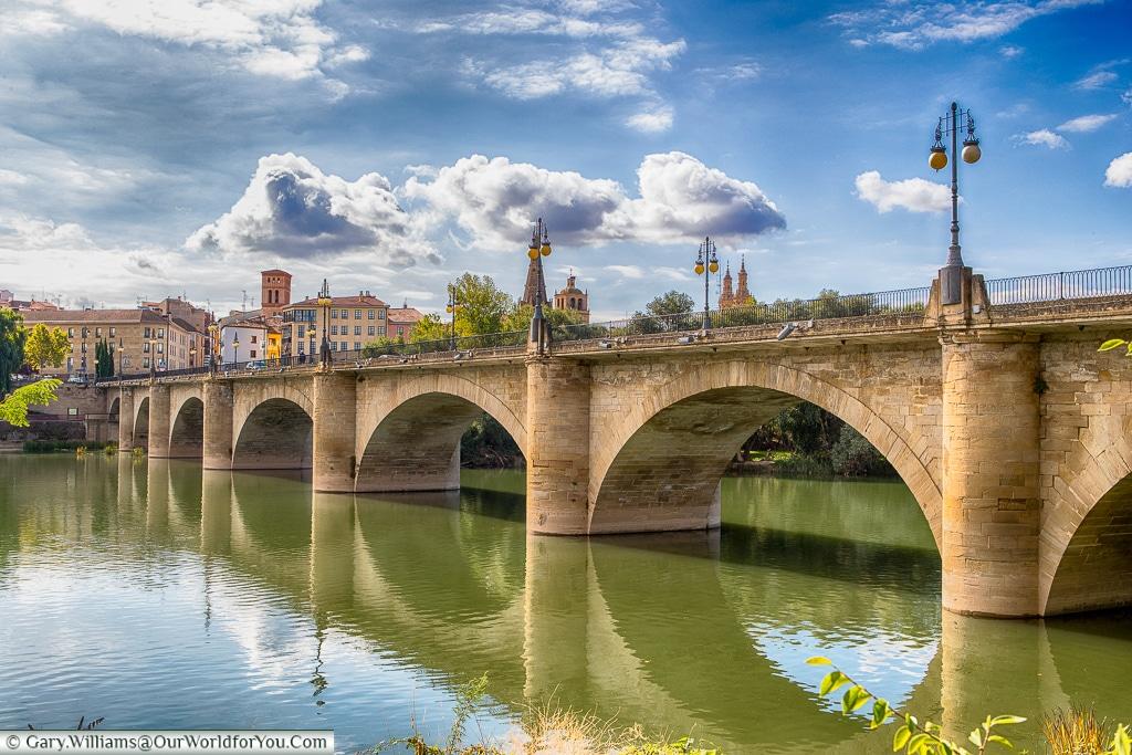 The Puente de Piedra, Logroño, Spain