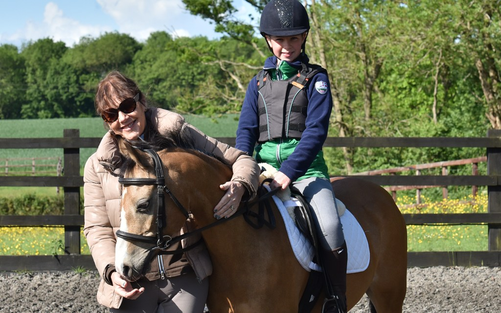 Top trainers volunteer to mentor young riders