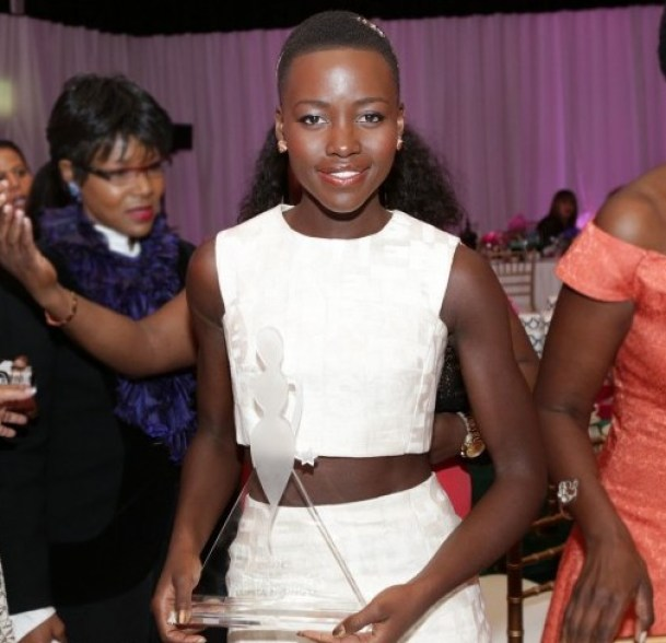 essenceom-honoree-lupita-nyongo-poses-with-her-award-at-the-7th-annual-essence-black-women-in-hollywood-luncheon-at-the-beverly-hills-hotel_520x520_54