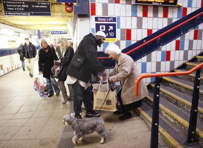 random-acts-kindness-14
