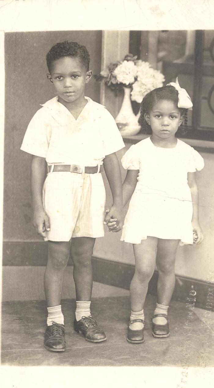 Clive and Sister 001
