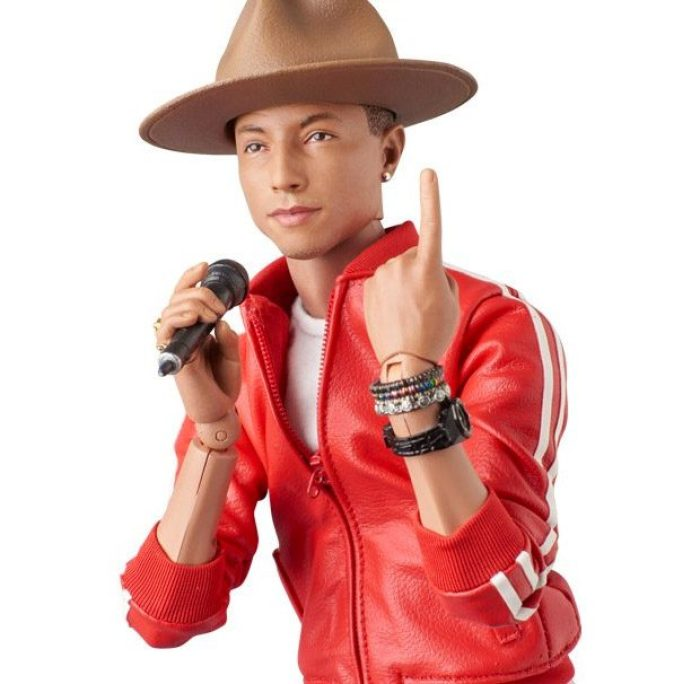 pharrell_williams_action_figure_2_620x606