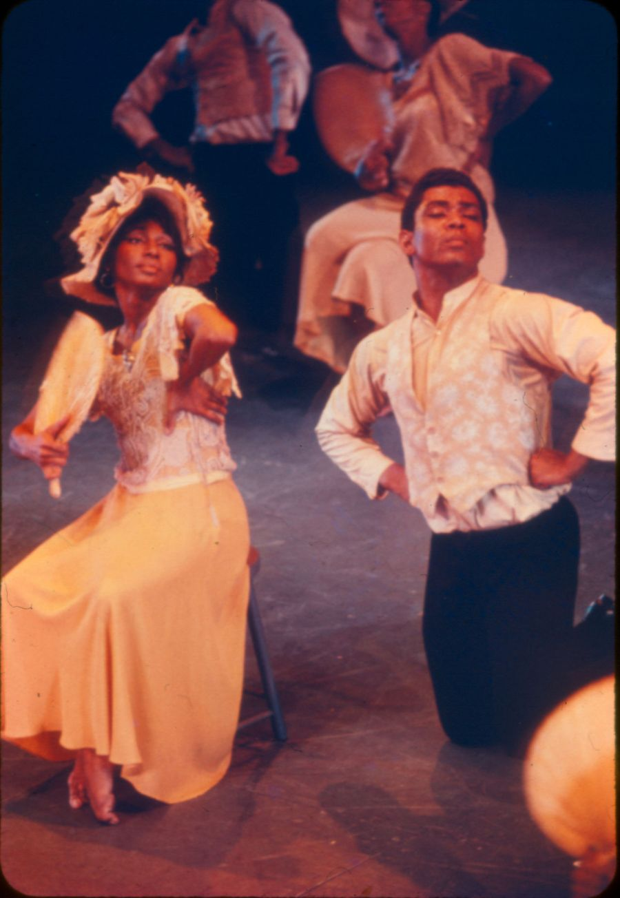 Loretta_Abbott__and__Alvin_Ailey_in_Alvin_Ailey_s_Revelations_Photo_by_Nicola_Cernovitch