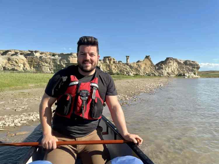 Milk River canoe trip with hoodoo views