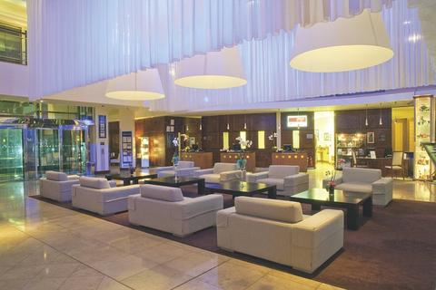 Lobby of the Radisson Blu Galway