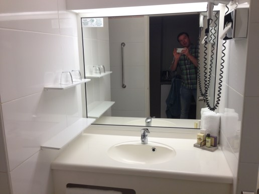 Bathroom (and my silly self) :p