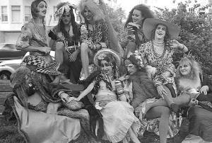 Tita & Daunties Kiki black and white image of a group of drag queens