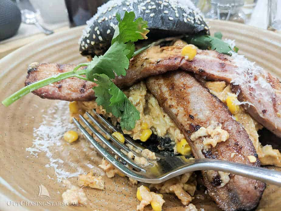 Photo of breakfast at White Mojo cafe in Melbourne.