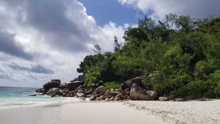 Two Hiking Fails on Praslin, Seychelles
