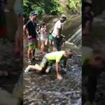 夏休みはみんなでキャンプで川遊び〜