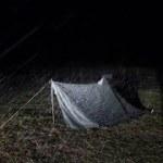 ソロキャンプを楽しもう。 雨漏りテントでソロキャンプ ①