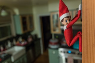 Elf on the shelf free climing