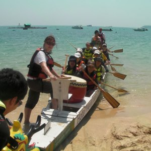The drummer on the Dragonboat